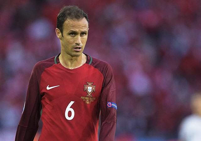 Ricardo Carvalho'ya hapis şoku!