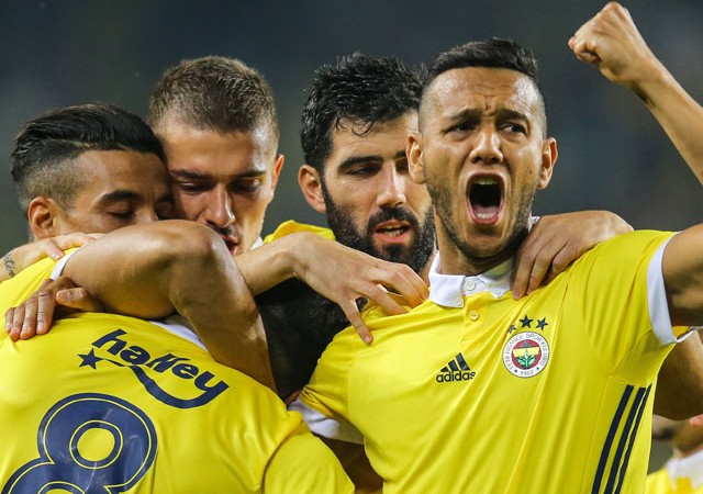Kadıköy'de Fenerbahçe şov!