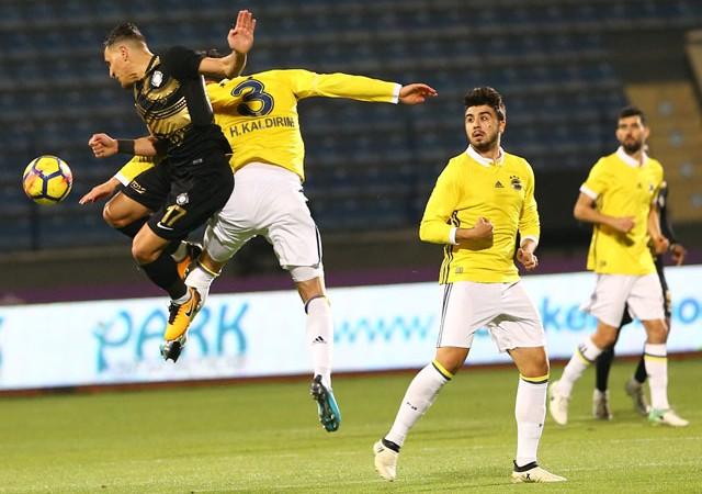 Fenerbahçe'ye yine son dakika şoku!