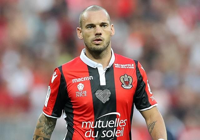 Sneijder'den emeklilik açıklaması! 'Acı çekiyorum'