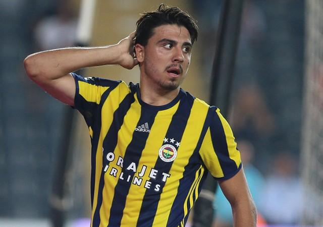 Ozan Tufan Sivasspor maçında sahada!