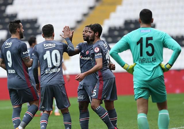 9 golün ardından isyan etti! Stadı tek başına terk etti...