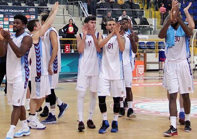 Trabzonsporlu basketbolcular maça çıkmayacak!
