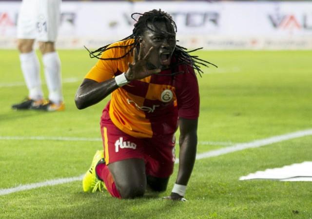 Galatasaray'ın merakla beklediği Gomis kararı açıklandı!