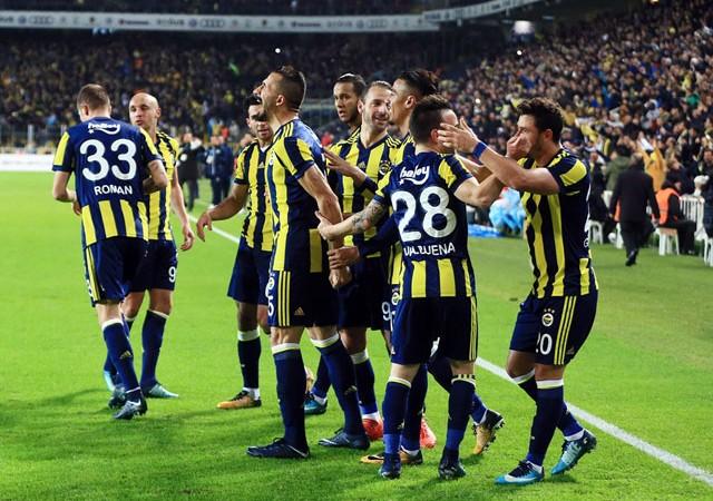 Valbuena, Fenerbahçe'yi sırtladı!