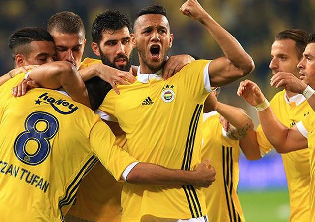 Fenerbahçe'de sıcak gelişme! Sözleşmesi uzatılıyor...