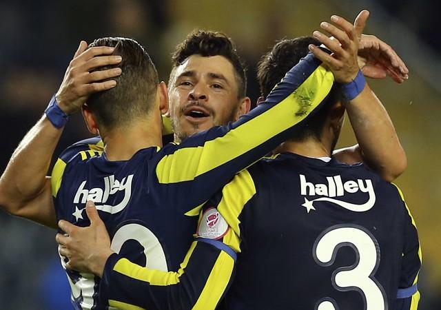 Soldado coştu, Fenerbahçe tur kapısını araladı!