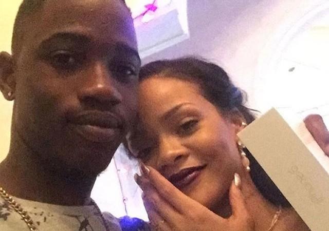 Rihanna'yı yıkan ölüm! Sosyal medyadan duyurdu