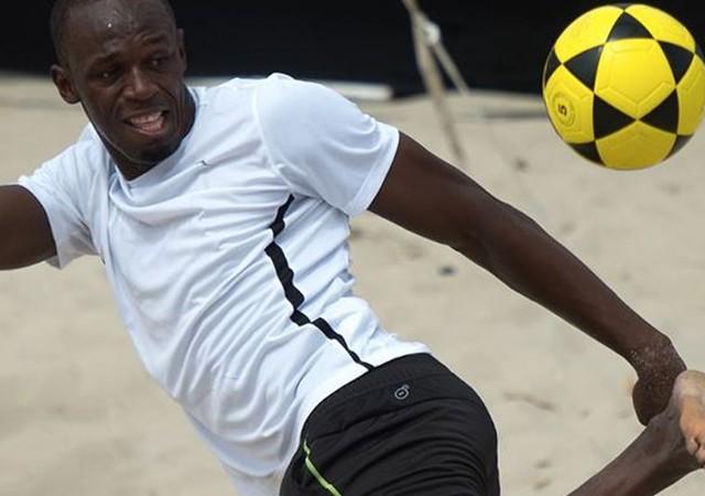 Usain Bolt Borussia Dortmund'da!