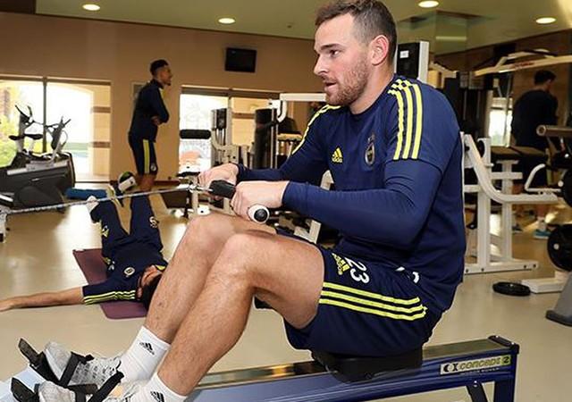 Fenerbahçe'ye Janssen'den kötü haber!