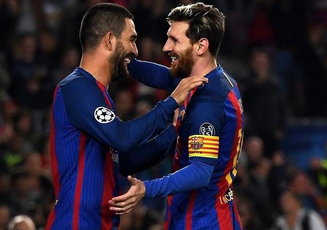 Messi'den Arda Turan mesajı!