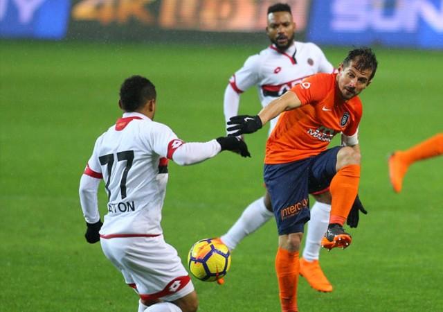 Süper Lig'de zirve el değiştirdi!