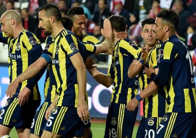 Demir Grup Sivasspor Fenerbahçe: 1-2 (Maç sonucu)