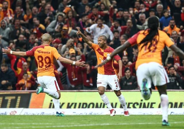 Dev maçta kazanan Galatasaray! Zirve el değiştirdi
