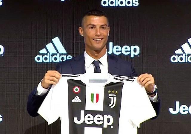 Ronaldo imzayı attı! Basın toplantısında flaş itiraf