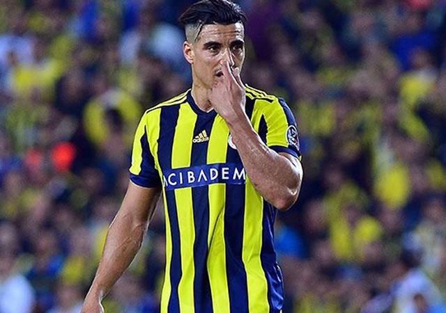 Fenerbahçe'de sıcak gelişme! Nabil Dirar ile yollar ayrılıyor...