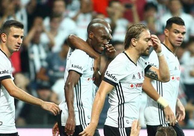Beşiktaş'ta bir devir sona erdi! Takımdan ayrıldı