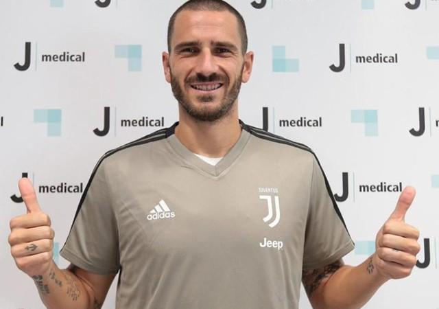 Bonucci 1 yıllık aranın ardından yeniden Juventus'ta!