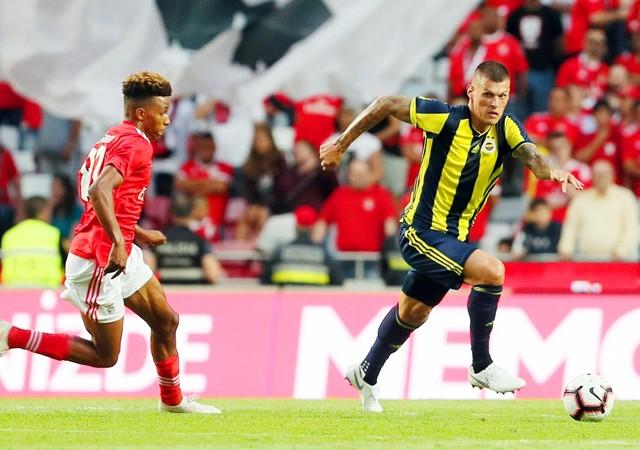 Fenerbahçe turu Kadıköy'e bıraktı!