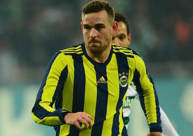 Fenerbahçe'nin eski yıldızı ezeli rakibe gidiyor!