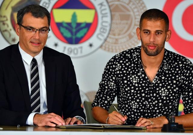 Fenerbahçe'nin yeni transferi Slimani imzayı attı!