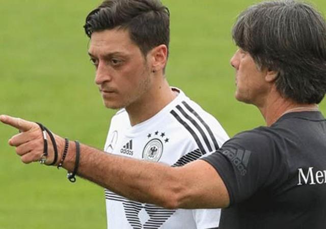 Joachim Löw'den Mesut Özil açıklaması!
