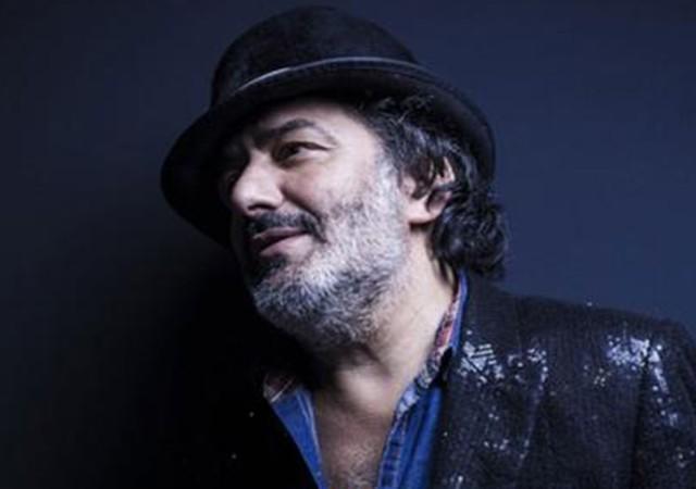 Rai müziğinin ünlü ismi Cezayir asıllı şarkıcı Rachid Taha hayatını kaybetti!