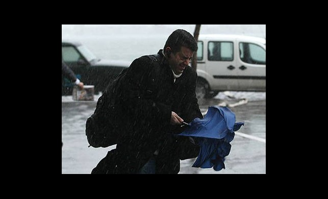Hava Sıcaklığı Düşecek! Şemsiyeleri Hazırlayın