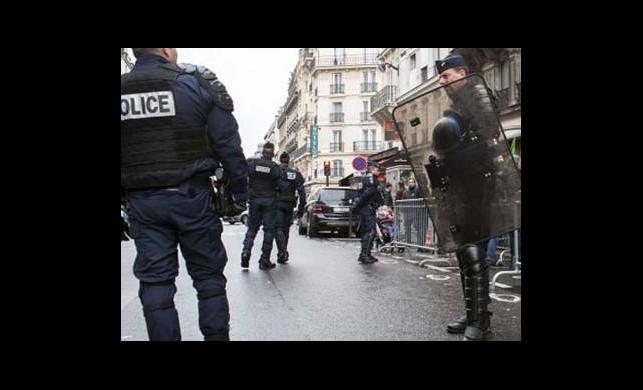 Fransa'da Devriye Gezen Bir Askere Bıçaklı Saldırı