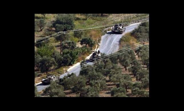 Suriye'nin 3 Tankı Golan'a Girdi