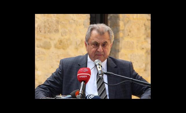 KKTC Başbakanı Küçük İstifasını Sundu