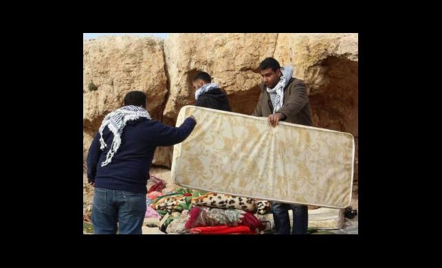 İsrail Çadırları Zorla Boşalttırdı
