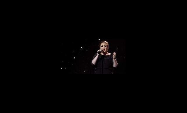 Adele'den Yepyeni Video