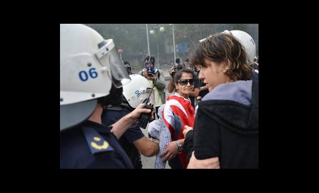 Ankara'daki Gösterilerde 35 Kişi Gözaltına Alındı