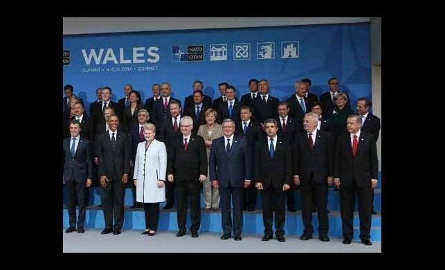 Başbakan Erdoğan ön sıradan katıldı