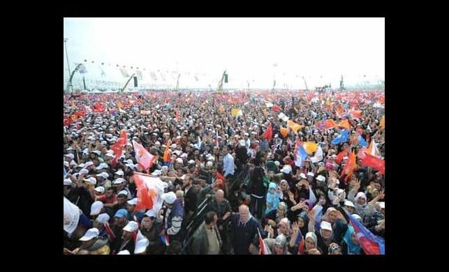 AK Parti mitinginde kaç milyon kişi vardı?