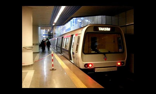 Kadir Topbaş'tan bir metro müjdesi daha!