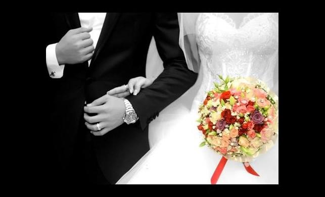 Sizce evlenince aşkın büyüsü kaçıyor mu?