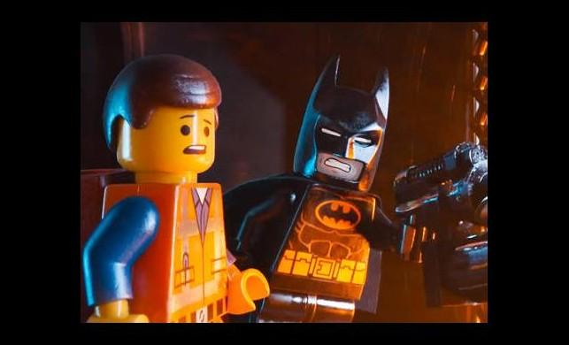 Lego Batman yolda!