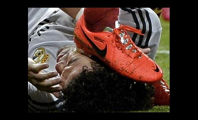 Busquets'in cezasını Casillas verecek