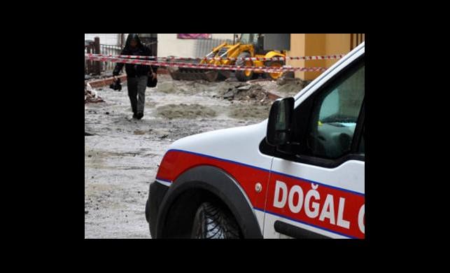 Ankara - Eskişehir Yolu Trafiğe Kapatıldı