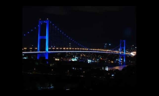 Boğaziçi Köprüsü'nde Büyük Tehlike!