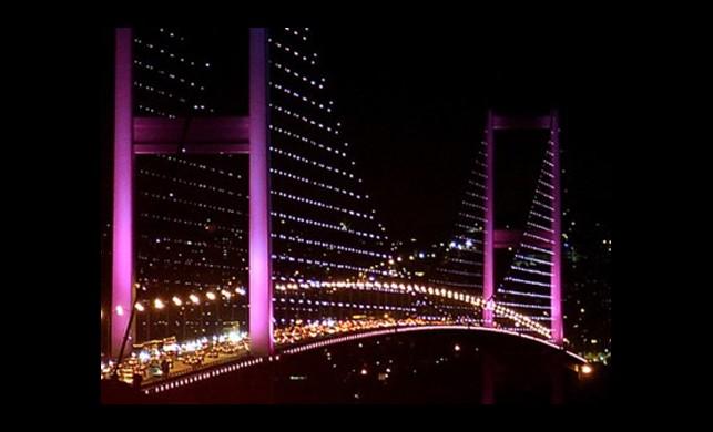 Boğaziçi Köprüsü Pembeye Bürünecek! İşte Nedeni