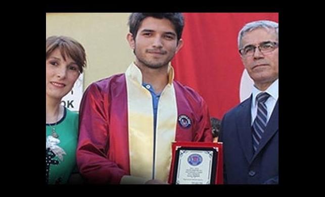 Mezuniyette 'Gezi Parkı' vurgusu müdürü istifa ettirdi
