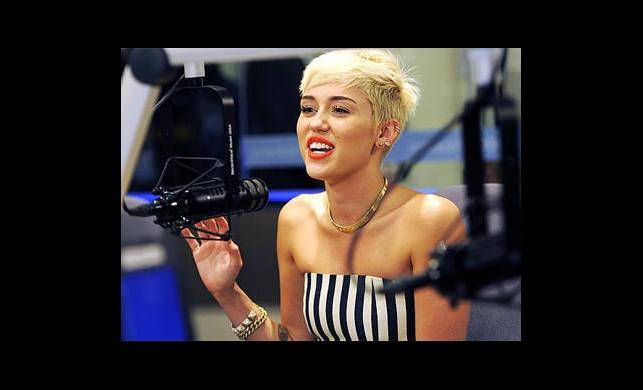 'Rihanna ve Katy Perry Olduğu Gibi Kalsın!'