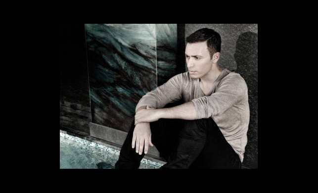 Mustafa Sandal'dan Online Konser