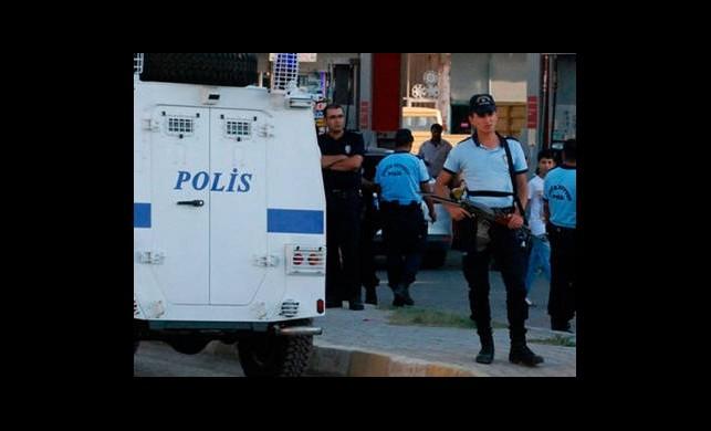 8 Bin Polise 4 Maaş İkramiye