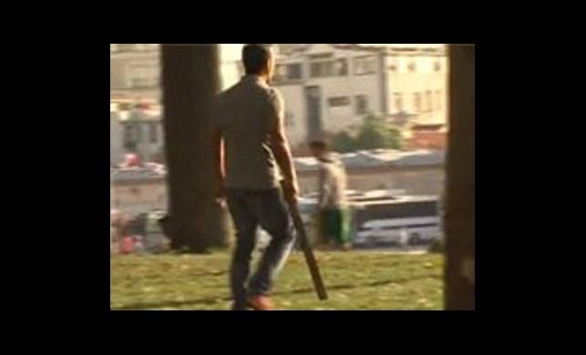 Gezi Parkı'nda Sopalı Kavga!