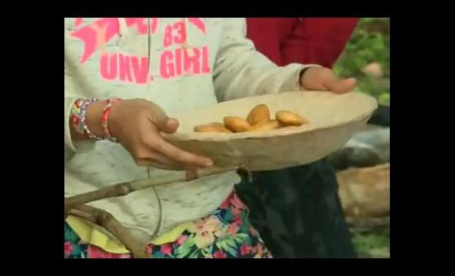Ünlüler adasında ekmek ziyafeti