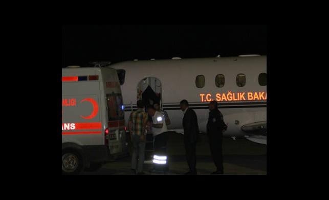 İki Hastaya Uçak Ambulans